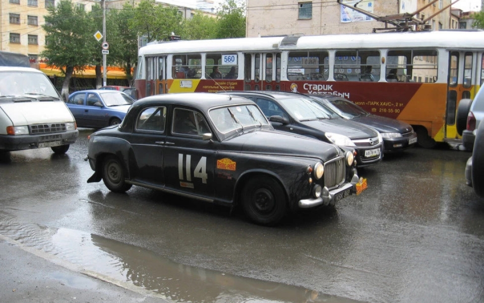 1960-rover-p4-beijing-paris-car-03